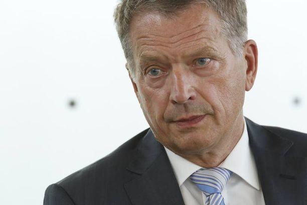 Presidentti Sauli Niinistö on vetänyt toistuvasti turvallisuuspolitiikan linjaa. Virolla on keskeinen rooli kuviossa.