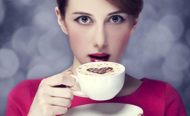 Kun puhutaan kahvin terveysvaikutuksista, kahvin määrä on usein noin 4-5 kupillista päivässä.