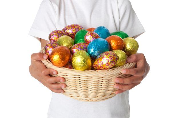 Muutamat brittikunnat vaativat suklaamunien myynnistä luopumista poikkeusaikana. Kuvituskuva.