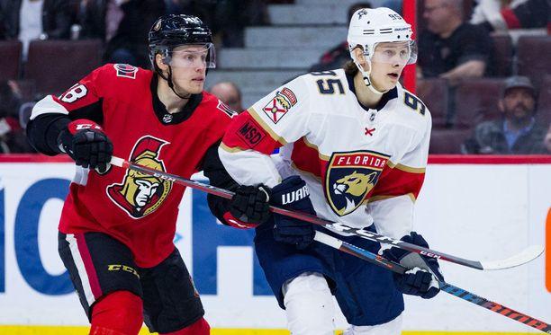 Henrik Borgström (oik.) nähtiin viime yönä ensimmäistä kertaa NHL-kaukalossa.