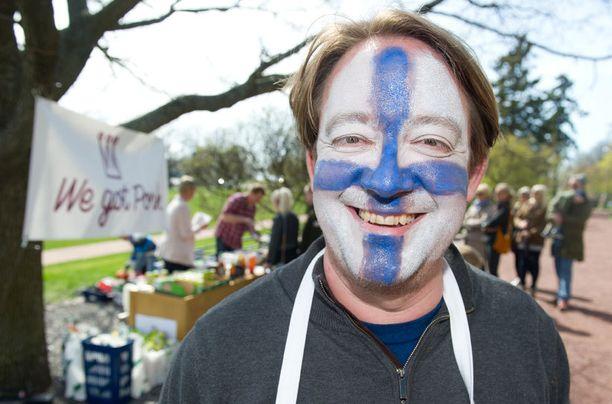 Ruotsalainen ruokatoimittaja Jens Linder päätyi pitämään ravintolaa.