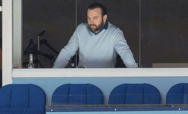 Jussi Salonojan omistaman Espoo Unitedin Unitedin tila on kriittinen. Pelaajien ja myös seuran muiden työntekijöiden kesäkuun palkkoja ei ole kuulunut, vaikka palkkapäivä oli yli viikko sitten, 30. kesäkuuta.
