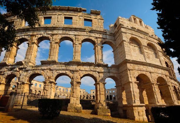 Pulassa on paljon muistoja Rooman vallan ajoilta.