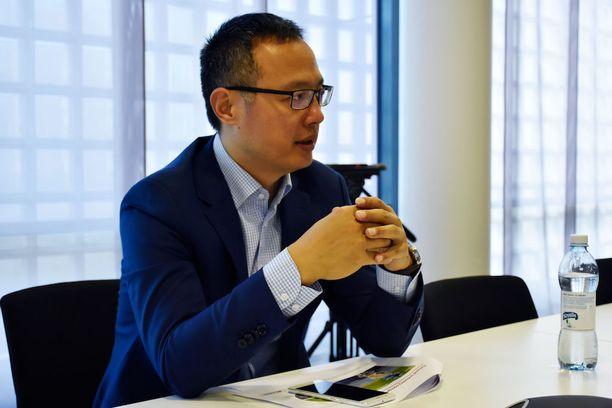 Suomi on Huaweille tärkeä paikka, herra Wang sanoo. Sen palkkalistoilla Suomessa on jo yli 300 työntekijää.