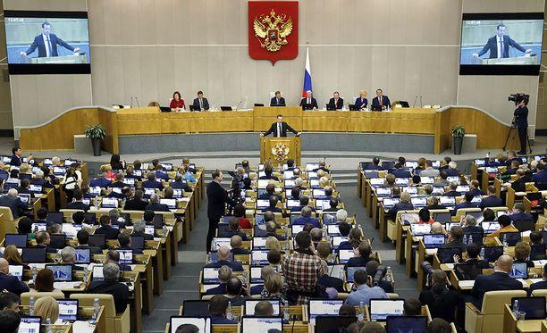 Venäjän duumassa ei ilahduttu USA:n siirrosta.