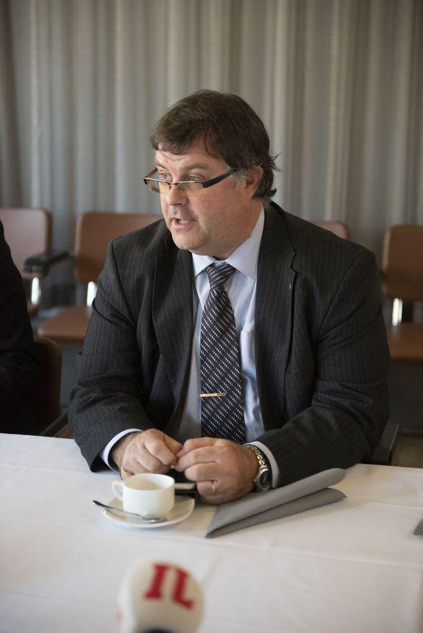 Lahden kaupunginjohtaja Mika Mäkinen ei ole nähnyt Lahden kaduilla suoranaista huumekauppaa, mutta sekavanoloista väkeä on tullut vastaan.