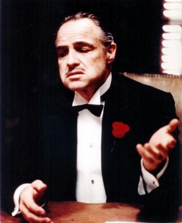 Marlon Brando näytteli mafiaperheen johtajaa vuonna 1972 ilmestyneessä Kummisetä-elokuvassa.