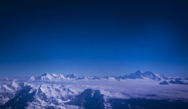 Sääolosuhteet saattavat muuttua nopeasti vuorilla. Kuvituskuva.