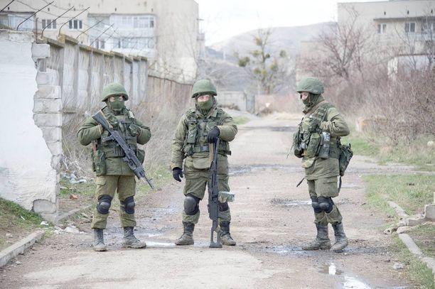Esko Ahon halukkuutta Sberbankin hallintoneuvostoon pidetään kyseenalaisena Venäjä-pakotteiden vuoksi. Pakotteet asetettiin muun muassa Krimin valtauksen vuoksi.