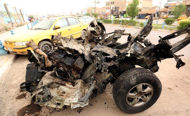 Irakissa on tapahtunut viime aikoina lukuisia pommi-iskuja. Kuva Bagdadissa toukokuun lopulla tapahtuneesta itsemurhapommi-iskusta.