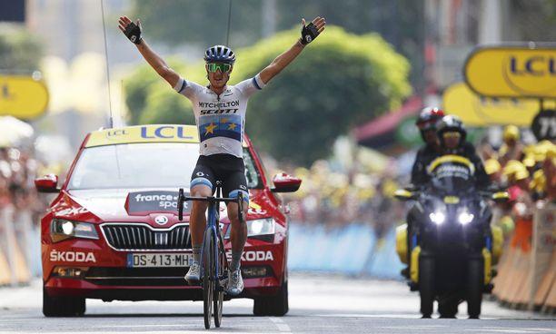 Italian Matteo Trentin polki keskiviikon etapin voittoon.