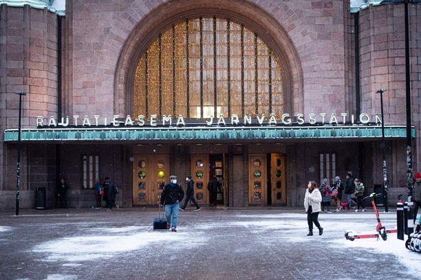 Surma tapahtui Helsingin päärautatieasemalla. Kuvituskuva.
