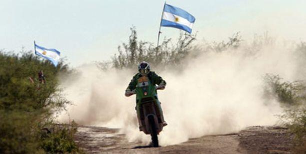 Dakar-rallia ollaan ajeltu pitkälti Argentiinan lippujen liehuessa.