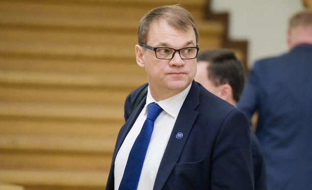 Pääministeri Juha Sipilä (kesk) toteaa valinnanvapauden olevan lahja kaikille suomalaisille.