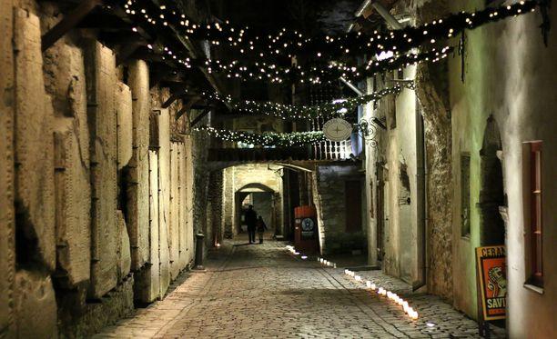 Katariinankuja on mitä tunnelmallisin pikkukatu Tallinnassa.