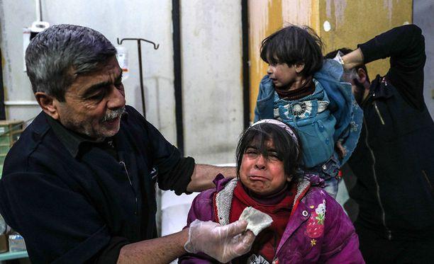 Syyrian hallinnon Itä-Ghoutaan viime päivinä tekemissä iskuissa on kuollut yli 100 lasta ja useita on loukkaantunut.