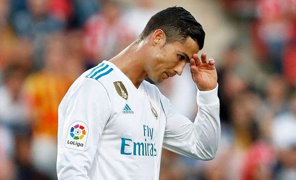 Cristiano Ronaldo ja Real Madrid olivat Estadio Municipal de Montilivilla ihmeissään. Isäntäjoukkue Girona ei kuvia kumarrellut.