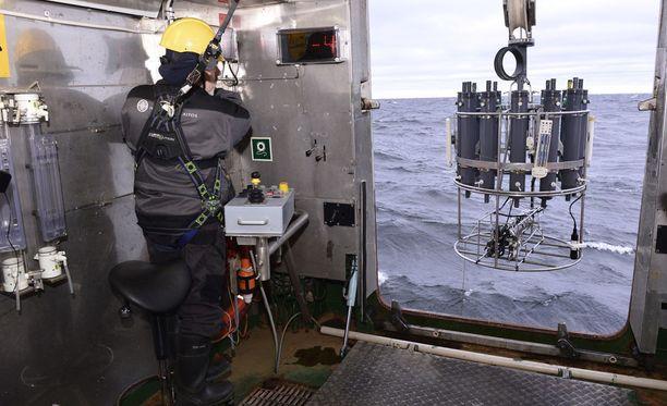 Aranda-aluksen remontin tarkoituksena on ollut laajentaa tutkimus- ja laboratoriotiloja. Myös jäissä kulkemista on parannettu. Arkistokuva.
