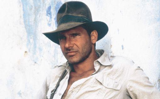 Indiana Jones palaa valkokankaalle  - Harrison Ford vahvisti kuvausten alkavan