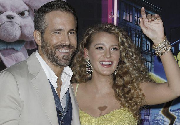 Ryan Reynoldsin ja Blake Livelyn perhe kasvaa kolmannella lapsella.