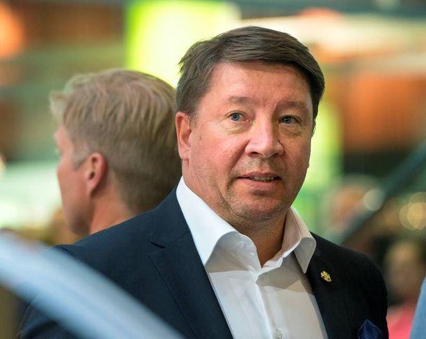 Jari Kurrin osaomistama Cavitas Oy ei tukenut Niinistön vaalikampanjaa.