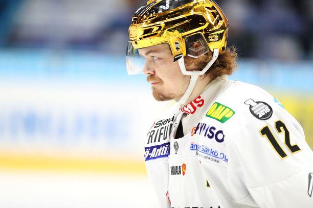 Runkosarjan pörssikakkonen Ville Leskinen on avannut myös playoffit kovilla tehoilla.