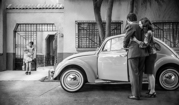 Elokuva Roma sijoittuu Roman kaupunginosaan Meksikossa. Elokuvan on ohjannut, käsikirjoittanut, kuvannut ja tuottanut Alfonso Cuaron.