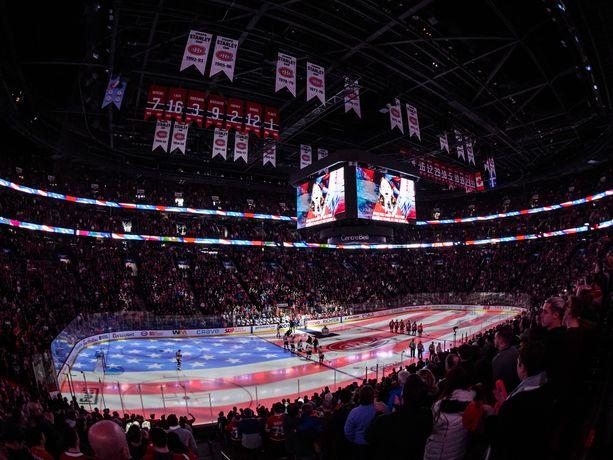 Nähdäänkö NHL:ssä polvistumisia kansallislaulujen aikana?