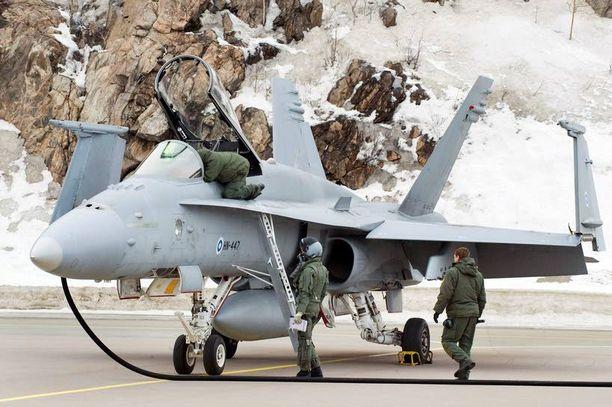 Hornet-hävittäjien laskutelinejärjestelmät kuuluvat Suomi-Israel-yhteistyöhön.