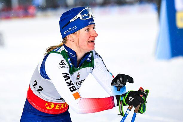 Sveitsin Nadine Fähndrich kärsii terveysmurheista. Arkistokuva.