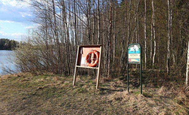 Yksi hukkui torstaina Jyväskylän Korttajärvellä tapahtuneessa veneonnettomuudessa.