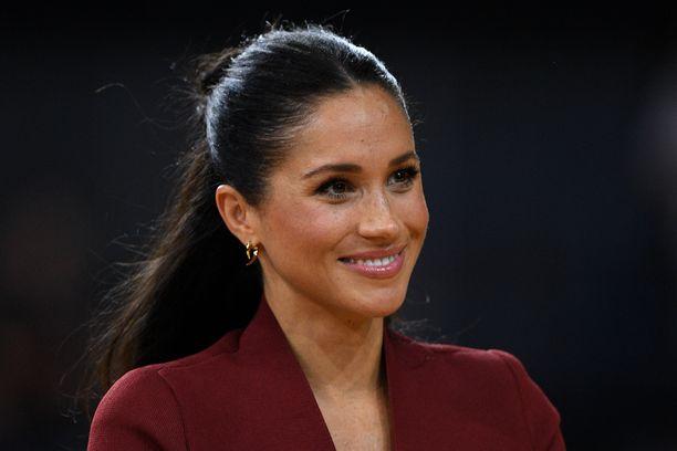 Herttuatar Meghanin ja prinssi Harryn lapsen on tiedotettu virallisesti syntyvän keväällä 2019.