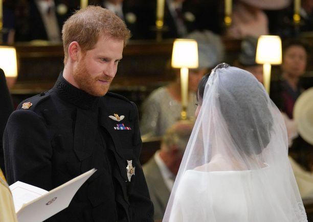 Romanttiset valat kaikuivat Charlesilta ja Camillalta kuuroille korville.
