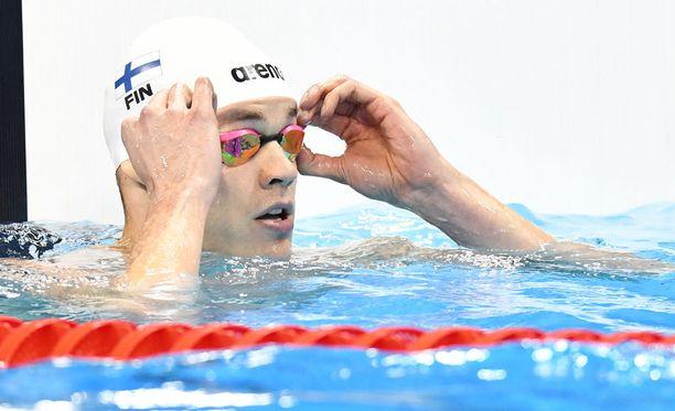 Ari-Pekka Liukkonen ui oman ennätyksensä 50 metrin rintauinnissa.