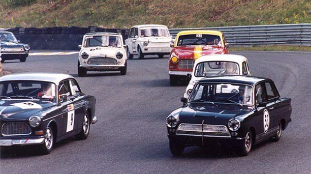 SUOSITTU Cortina GT oli nopea radoilla, ja se on vieläkin suosittu ajopeli historic-rallin sarjoissa.