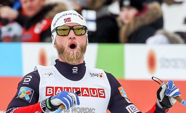 Martin Johnsrud Sundbyn olympiamitalien määrä tuplaantui.