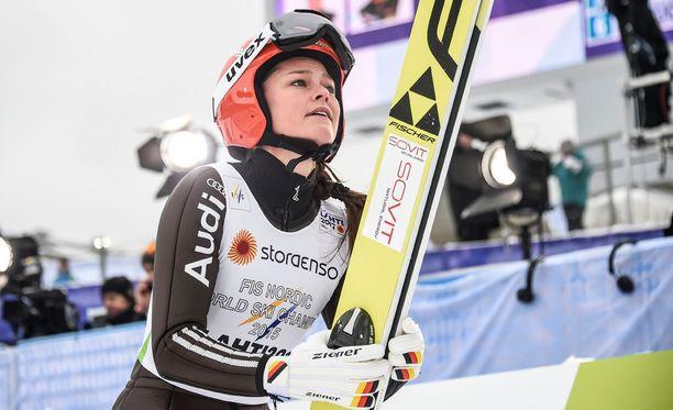 Carina Vogt voitti MM-kultaa.