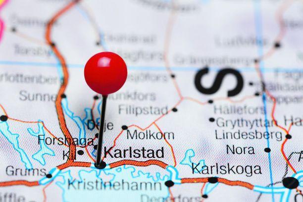 Karlstadin etuna pidetään sen sijaintia. Kaupunki on helposti saavutettavissa.