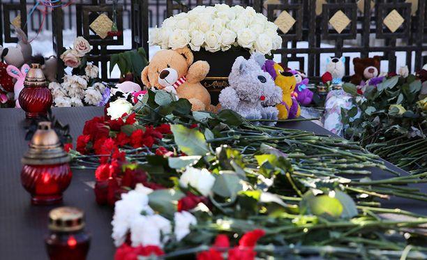 Maaliskuun lopussa Siperian Kemerovossa tapahtui järkyttävä ostoskeskustulipalo, joka vaati 64 ihmisen hengen.