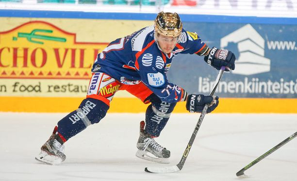Kristian Kuusela joutui törkeän taklauksen takia lopulta huilaamaan vain kaksi peliä.