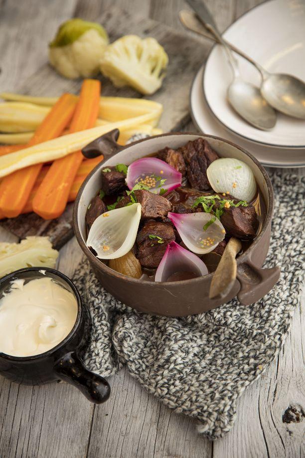 Härkä-sipulipata on loistava syysruoka.