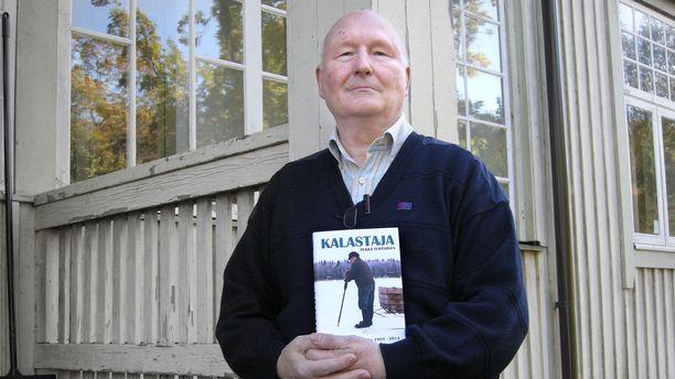 Pekka Turtiainen julkaisi kirjan Pentti Linkolasta vuonna 2015.