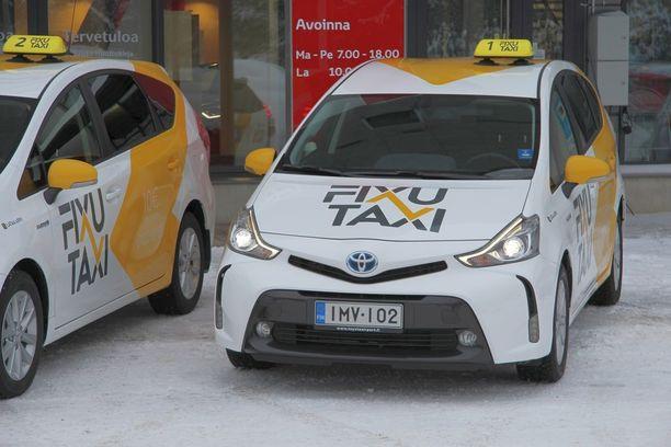 Uudet taksit ovat kaikki bensahybridejä.