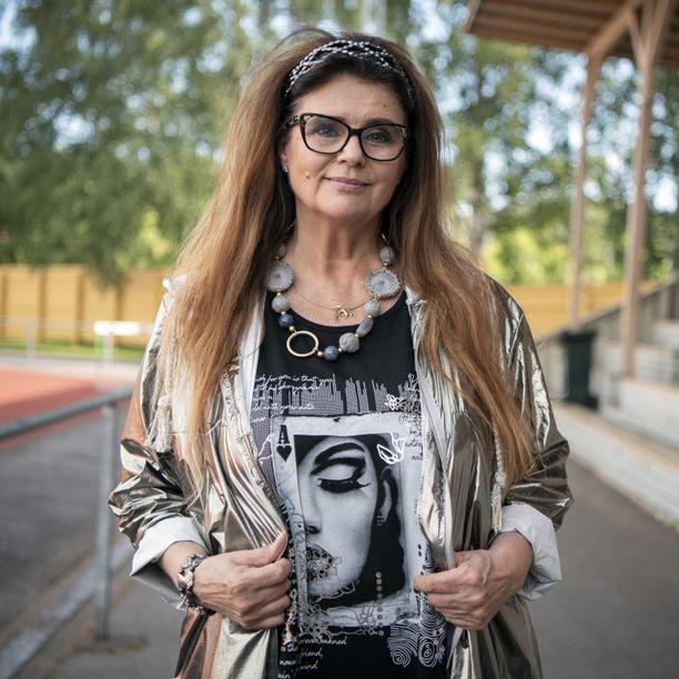 Riitta Väisänen on yksi tulevan kauden Olet mitä syöt -osallistujista.