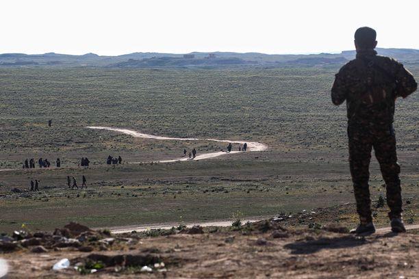 Siviilit pakenivat tällä viikolla terrorijärjestö Isisin viimeisestä linnakkeesta Syyrian Baghuzissa.
