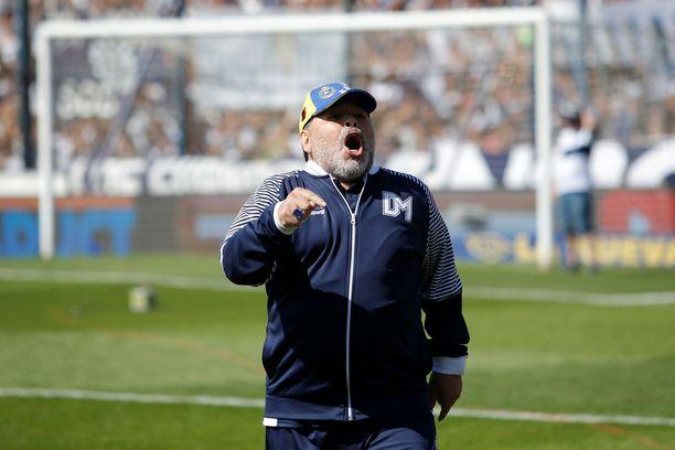 Diego  Maradona on Argentiinan pääsarjassa pelaavan Gimnasian päävalmentaja.
