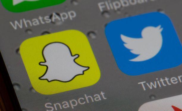 Snapchat lakkasi käyttämästä Facebookkia, kuten myös moni sen käyttäjäkin on tehnyt.