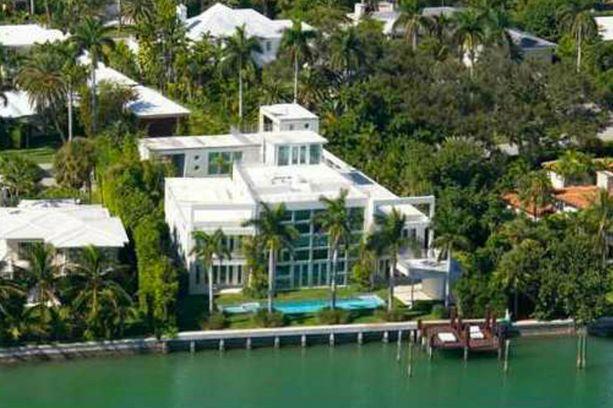 Lil Waynen fanit ovat parveilleet tämän talon ympäristössä. Nyt se on myynnissä.