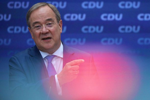 CDU:n johtaja Armin Laschet on haparoinut mielipidemittauksissa.