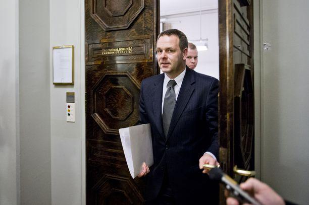 Jan Vapaavuori oli talousvaliokunnan kuultavana telakka-asiassa 8. tammikuuta 2013.